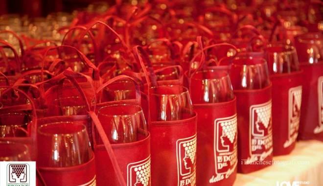 Women of Wine: from 2014 open doors to women–sympathizers