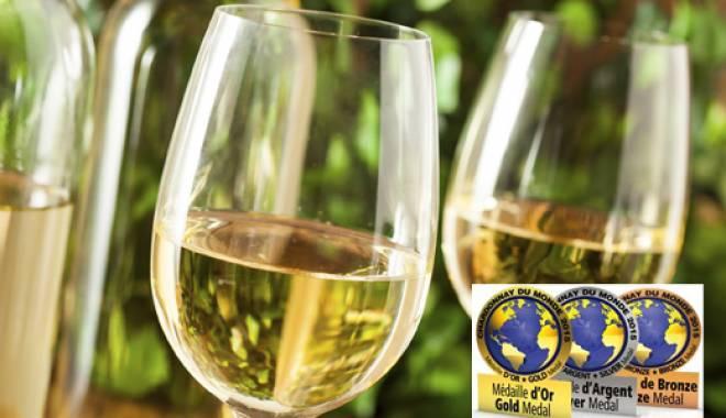 """Chardonnay du Monde 2015"" the award–winning Italian wines are 9"